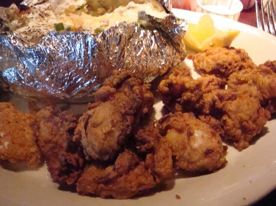 Fried Oysters & Baked Potato - Picture of Pappadeaux Seafood Kitchen ...