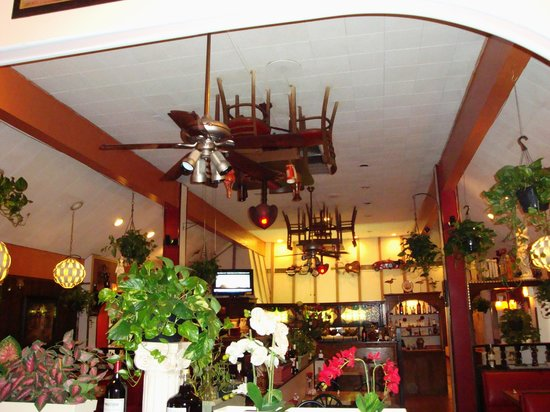 Mad Italian: Tables on the ceilings!