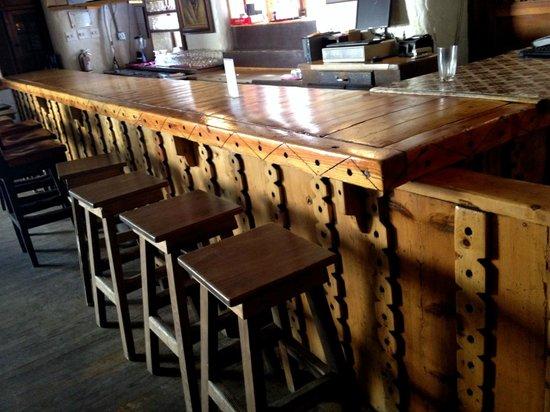 Sagebrush Inn & Suites: The historic bar