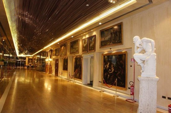 Rome Cavalieri, A Waldorf Astoria Resort: The lobby with such an impressive art collection.