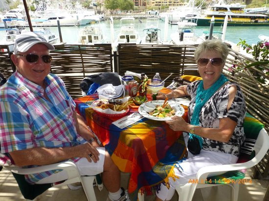 La Chatita Restaurant & Bar : Our lunch date overlooking the marina