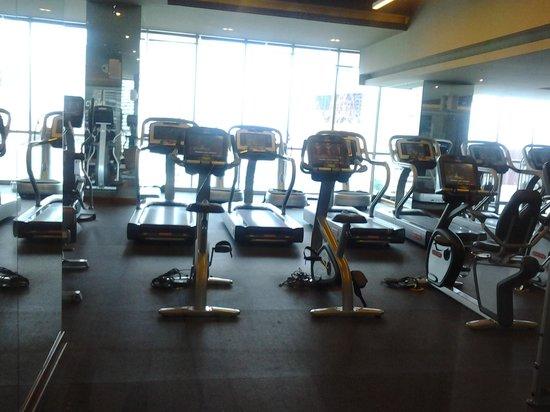 Hard Rock Hotel Panama Megapolis: academia de ginastica completa.