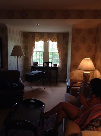 Carnegie Inn & Spa : coming into room
