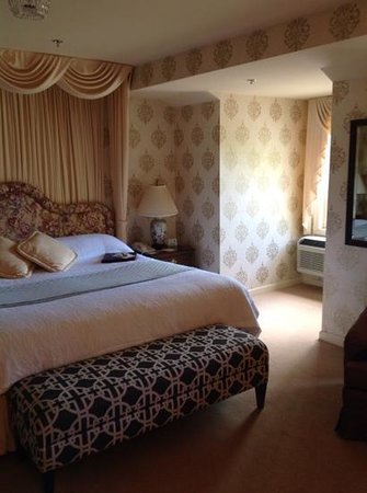Carnegie Inn & Spa : premium room #5
