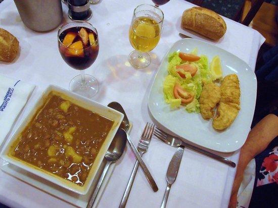 Buen ambiente fotograf a de restaurante puerto rico for Restaurante puerto rico madrid