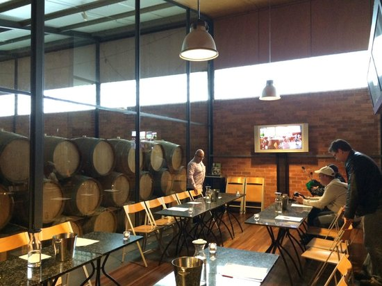 Mike's Wine Tours : The private tasting room at Rochford wines