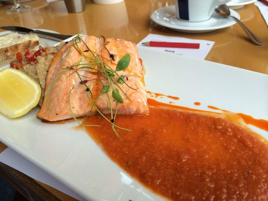 Mike's Wine Tours: The salmon