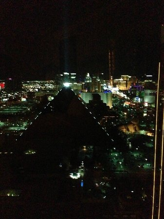 Four Seasons Hotel Las Vegas: View from our room 38th floor