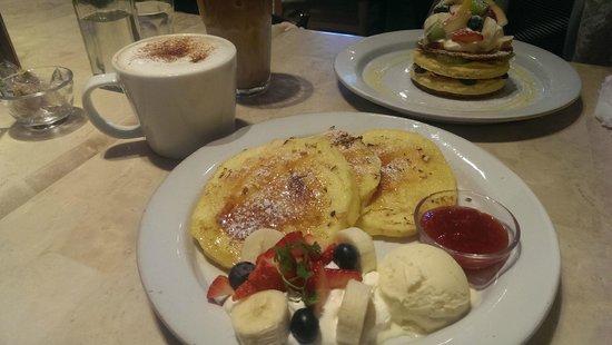 J.S. Pancake Cafe Aoyama