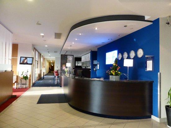Best Western Efekt Express Krakow Hotel: Lobby