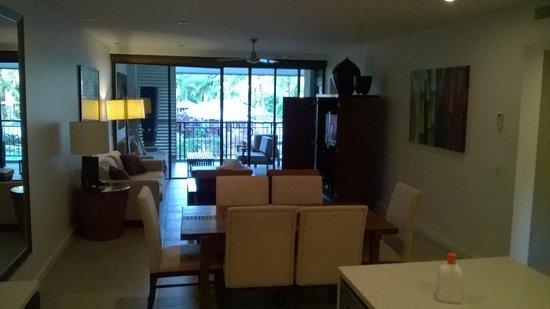 Pullman Port Douglas Sea Temple Resort & Spa: lounge