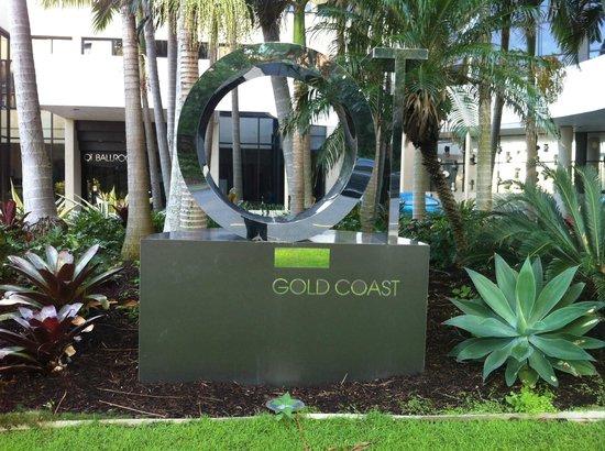QT Gold Coast: Welcome sign
