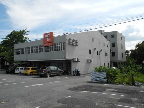 Changloon, Malaysia: T-Hotel front and rear building