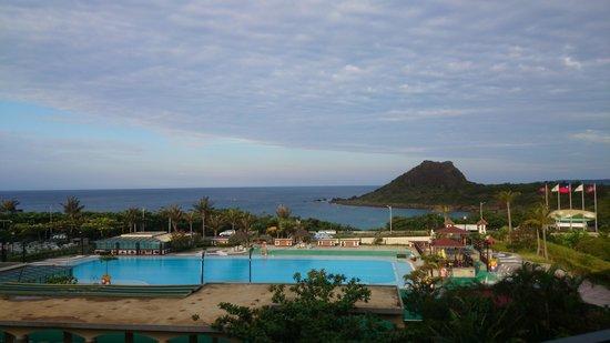 Howard Beach Resort Kenting : 房間陽台傍晚景色
