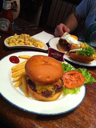 Hard Rock Cafe: Burgers