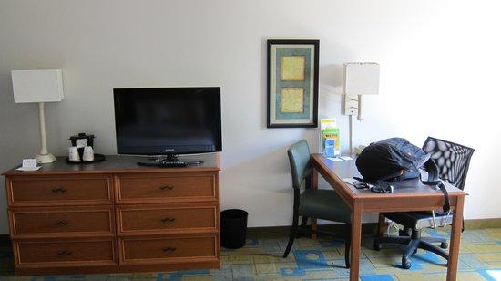 La Quinta Inn Orlando Airport West: habitacion