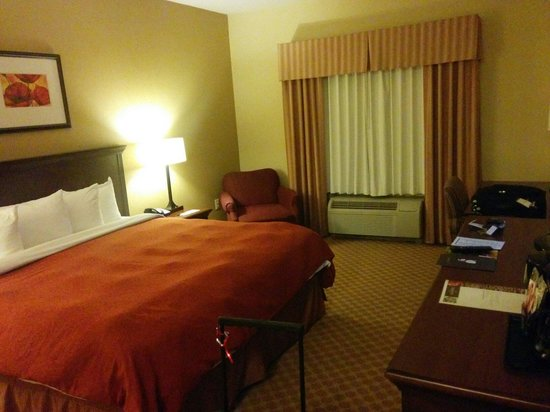 Country Inn & Suites by Radisson, Washington Dulles International Airport, VA : King?