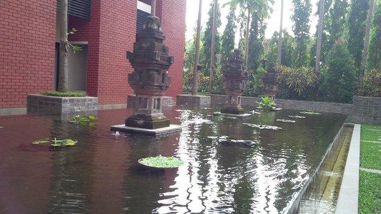 Hotel Santika Premiere Malang: Pool