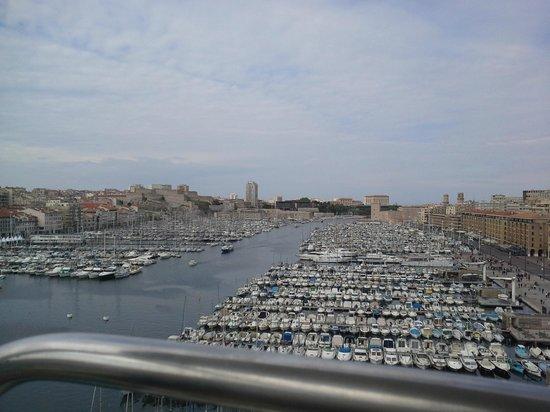 Petit Train Marseille: From the Ferris Wheel in Marseille Marina