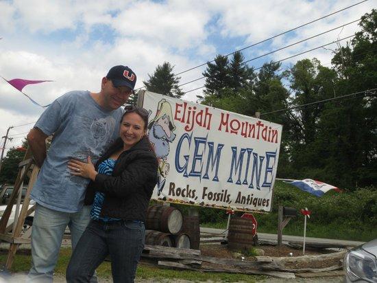 Elijah Mountain Gem Mine: 2