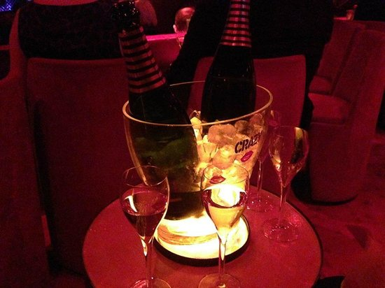 Crazy Horse: Champagne