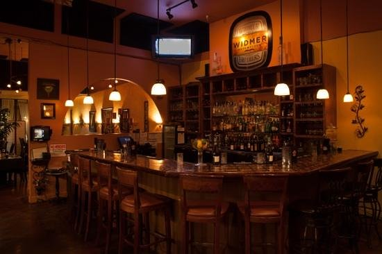 Blondies' Bistro : The Bar