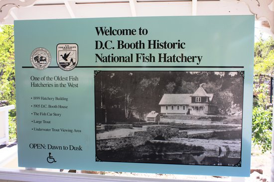 D.C. Booth Historic National Fish Hatchery: Entrance into D.C. Booth Fish Hatchery