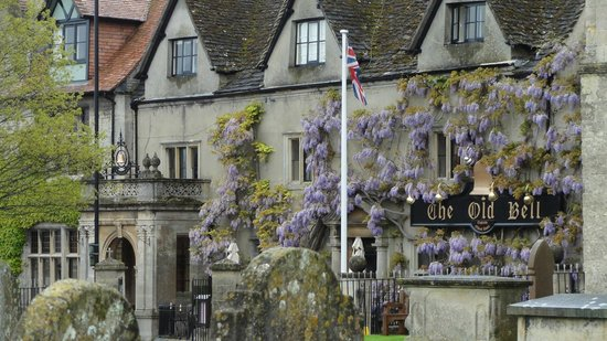 Lion Tours: Cotswolds
