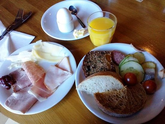 Good Morning+ Helsingborg: Breakfast buffet