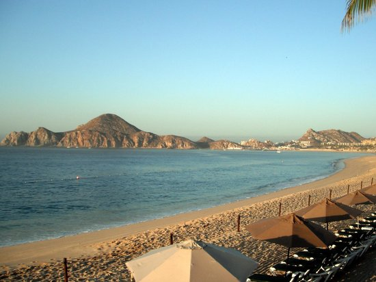 Medano Beach: looking towards marina from Villa del Palmar
