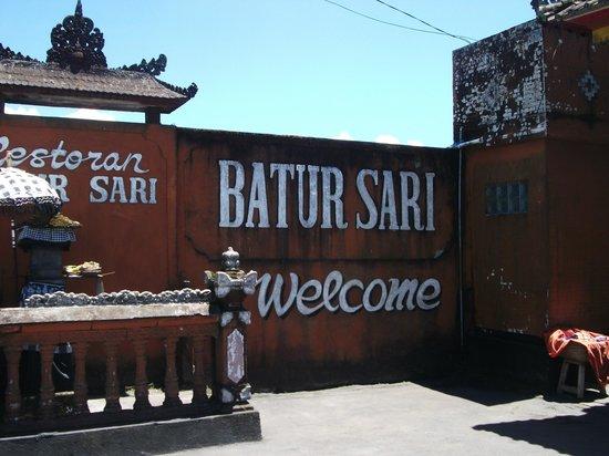 Batur Sari Restaurant : Entrance