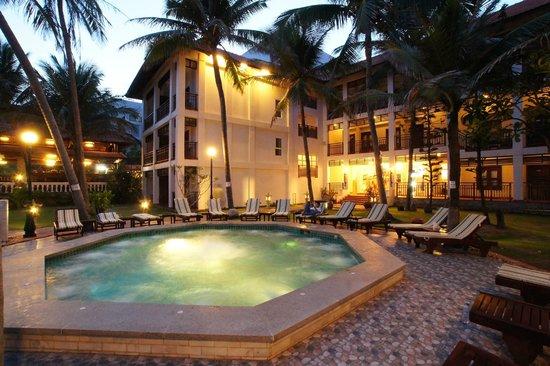 Novela Muine Resort & Spa : Hot Jacuzzi Pool