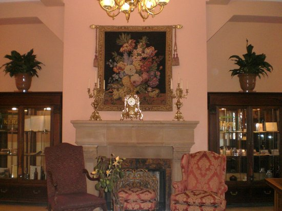 Napa River Inn at the Historic Napa Mill: Lobby