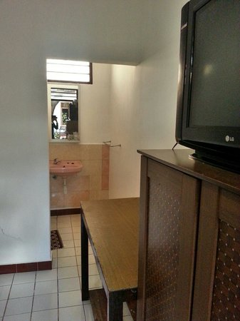 Hotel Ikhlas: Clean enough