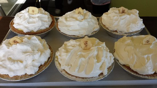 Mountain View Cafe & Bakery: Banana Crème Pie