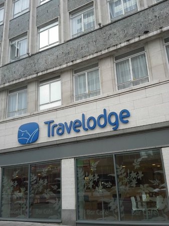 Travelodge Liverpool Central Exchange Street Hotel: Main frontage