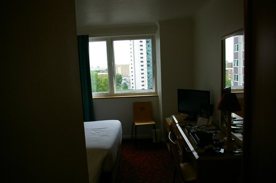 Ibis London Earls Court: Single Room