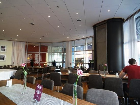 Comfort Hotel Stockholm: Breakfast venue