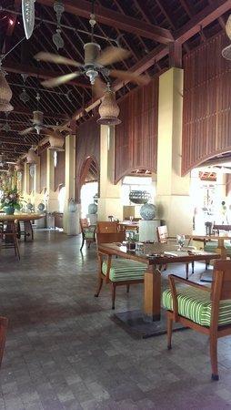 Four Seasons Resort Langkawi, Malaysia: Serai for Breakfast