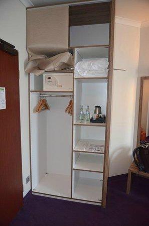 Wyndham Koeln: Storage space