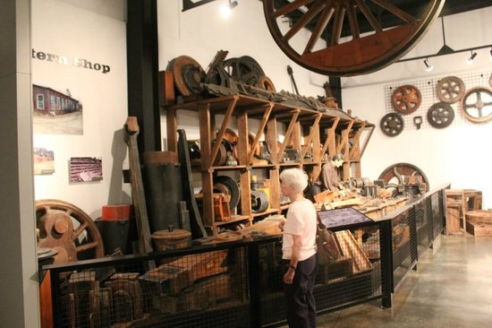 Southern Museum of Civil War and Locomotive History: Pattern Shop