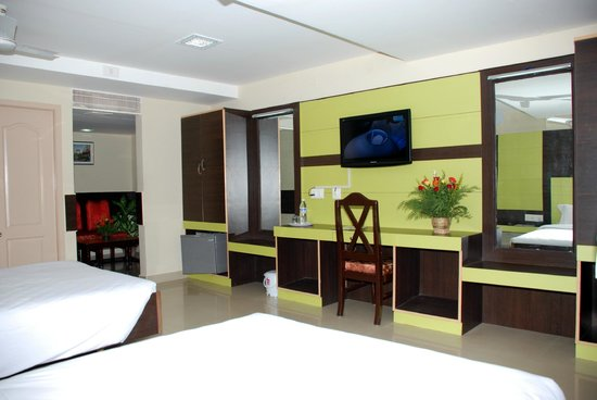 MGR Regency Comfort Hotel: Interior