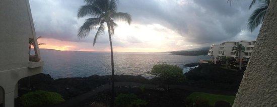 Sheraton Kona Resort & Spa at Keauhou Bay: A panoramic photo at sunset from the balcony of my room