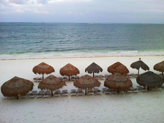 Now Sapphire Riviera Cancun: Sunrise from the room