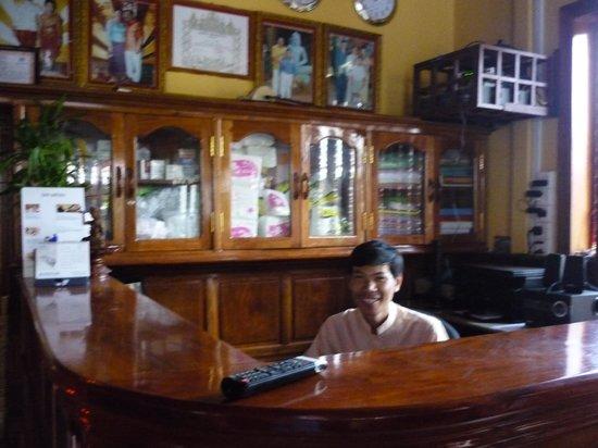 Bokre Angkor Hostel : Рецепшен
