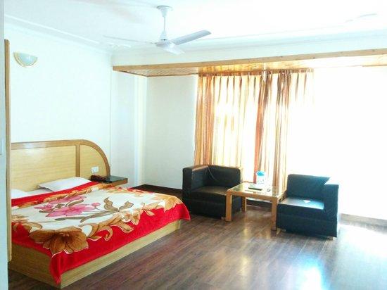 Hotel Chaitali: My Room