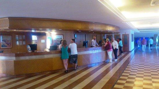 ClubHotel Riu Oliva Beach Resort: Empfang
