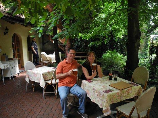 Hotel Frydl: Outdoor terrace