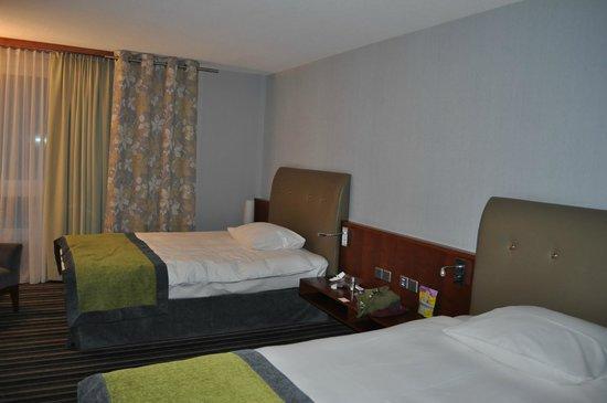 Mövenpick Hotel Zürich-Airport: Bedroom