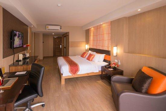 Dynasty Grande Hotel: Deluxe room